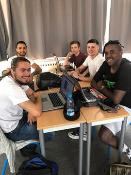 Etudiants Bachelor Digital