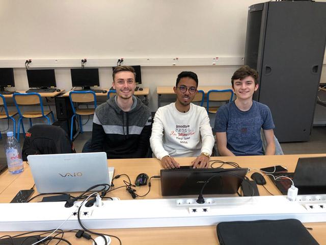 Etudiant Bachelor Informatique Experte : Martin, Anthony et Mathis